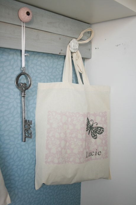 Personalized bag for gloves/scarves/...