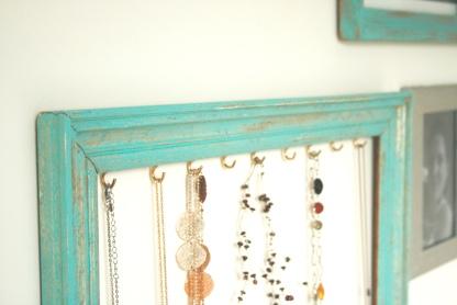 Juwelenkader - oude kader - haakjes - jewelry organizer