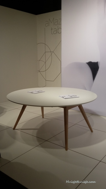 kortijk-biennale-mmood-table1