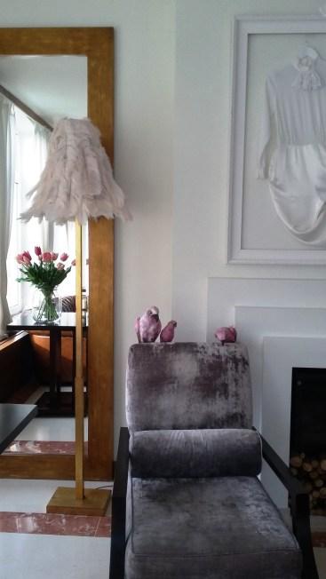 hotel-inglaterra-lobby-birds-huisjethuisje