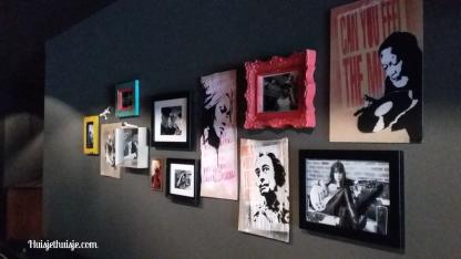 Huisjethuisje-binnenkijker-pentahotel-hallway-gallerywall-2